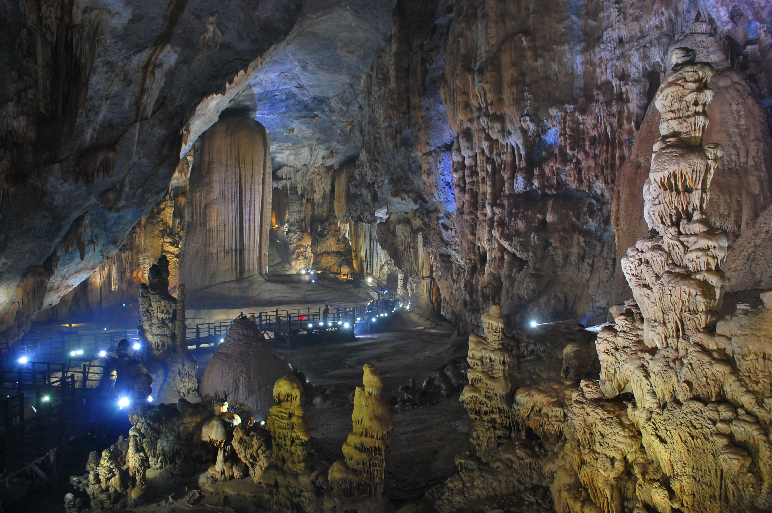 Tien Son Cave