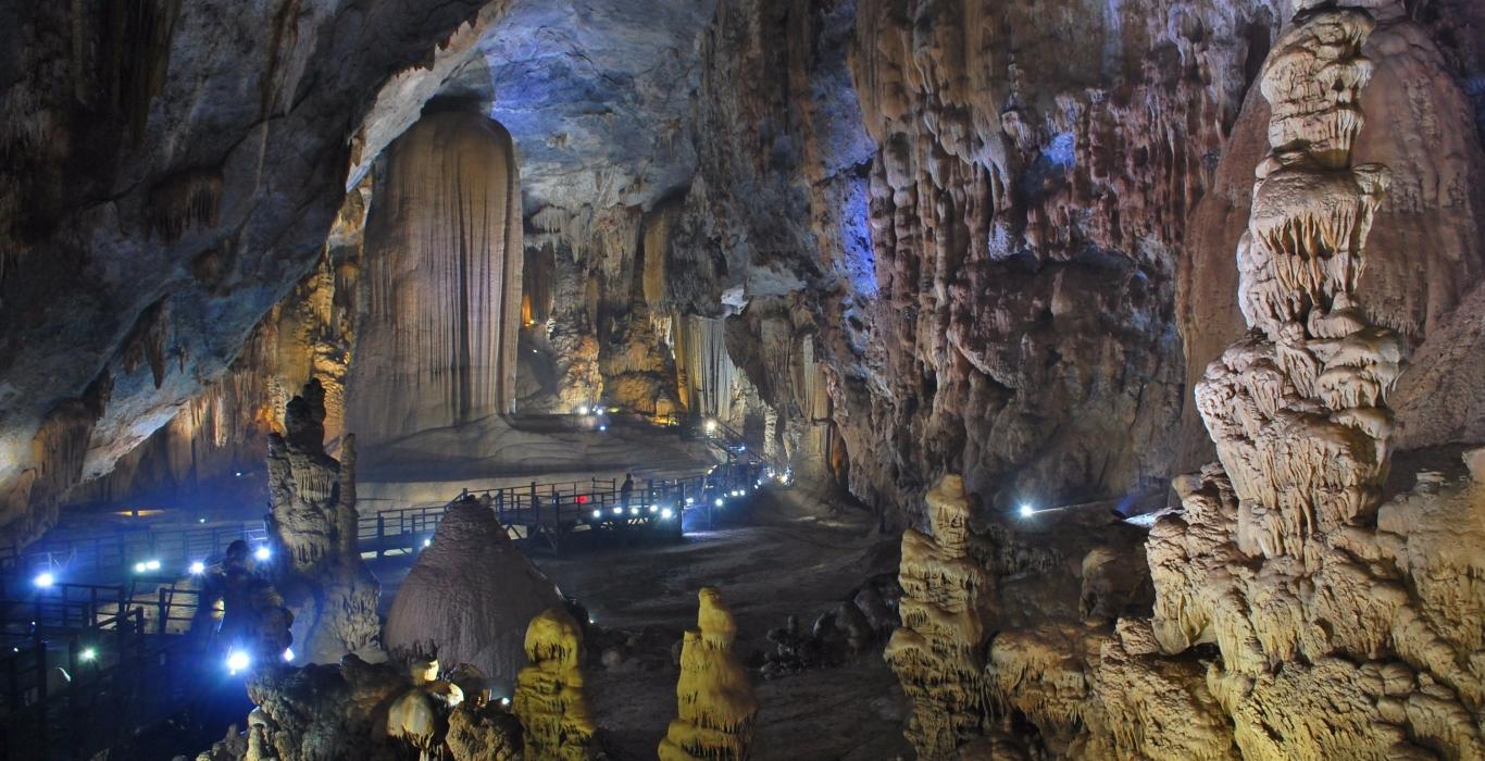 Explore Phong Nha Ke Bang