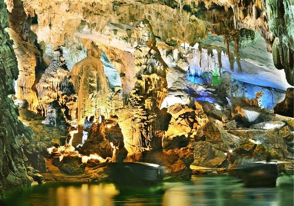 Phong Nha Cave and Dark Cave